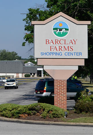 Barclay Farms Shopping Center sign
